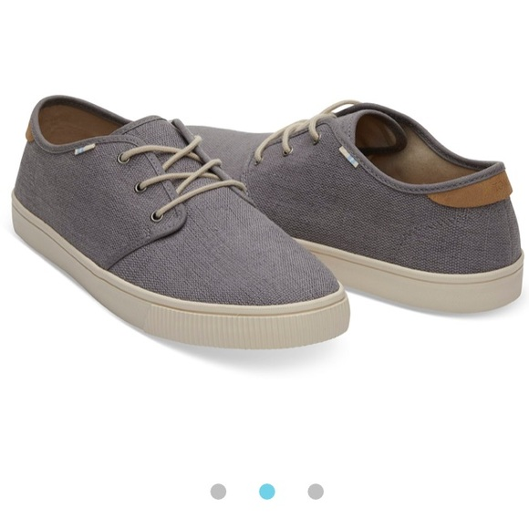 74a9340463b NWT - Toms - Carlo Canvas Sneaker in Shade